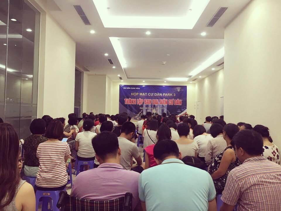 Cuộc họp bầu Ban đại diện cư dân lâm thời của tòa nhà Park 3 (nguồn: Facebook)